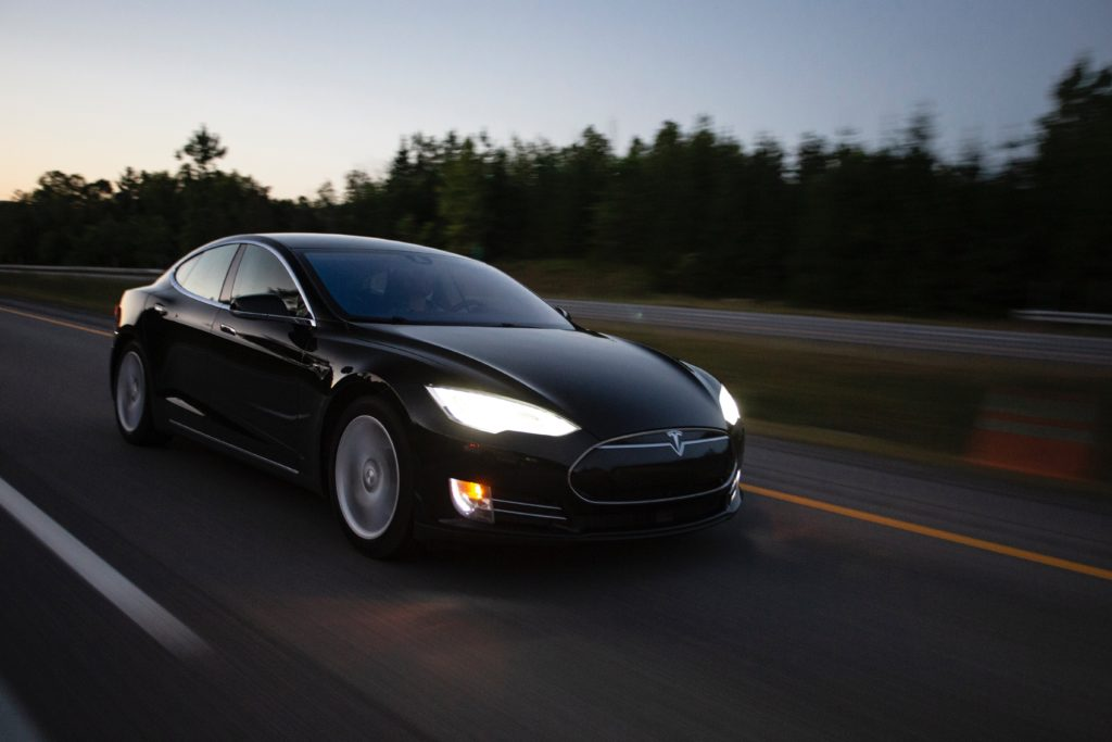 10 Customer Experience Lessons From Tesla