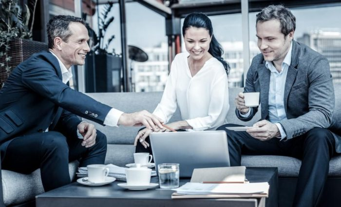 How Leadership Development Impacts Customer Experience