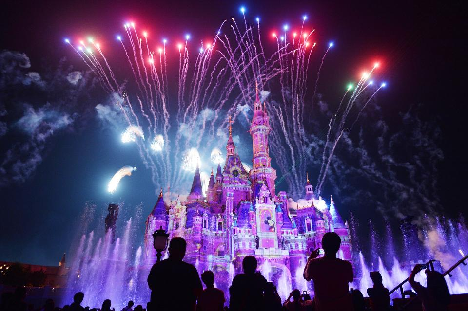 5 Lessons From Disney's Magical Customer Experience